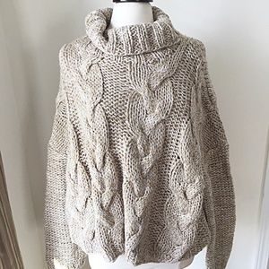 Evereve Moon River NWT Gold Metallic Sweater